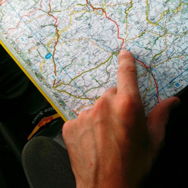 Un itinéraire sur une carte routière.